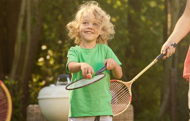 Badmintonschläger für Erwachsene und Kinder jetzt online kaufen auf Badminton-Racket.de